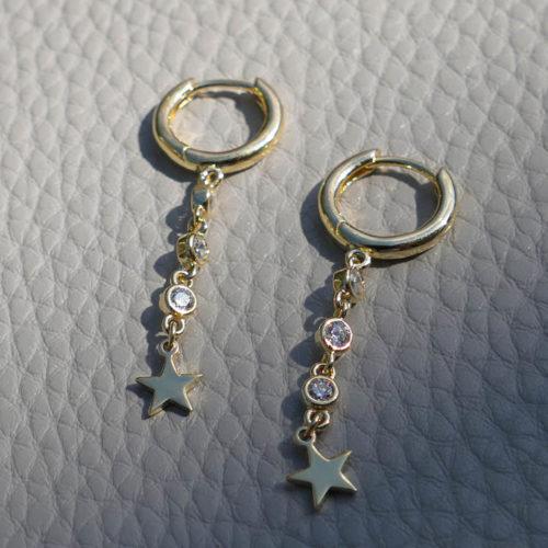 עגילים עם כוכב קטן